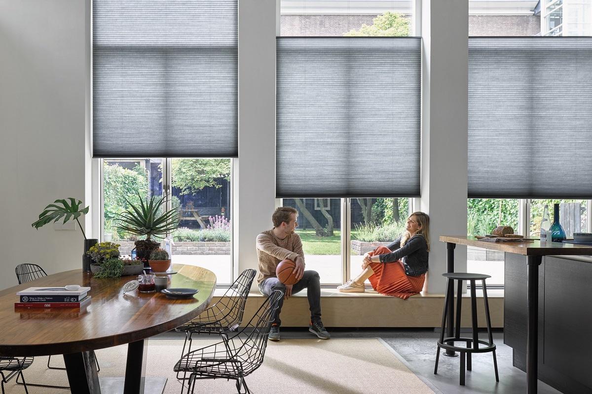 luxaflex duette pliss shades eurlings interieurs. Black Bedroom Furniture Sets. Home Design Ideas